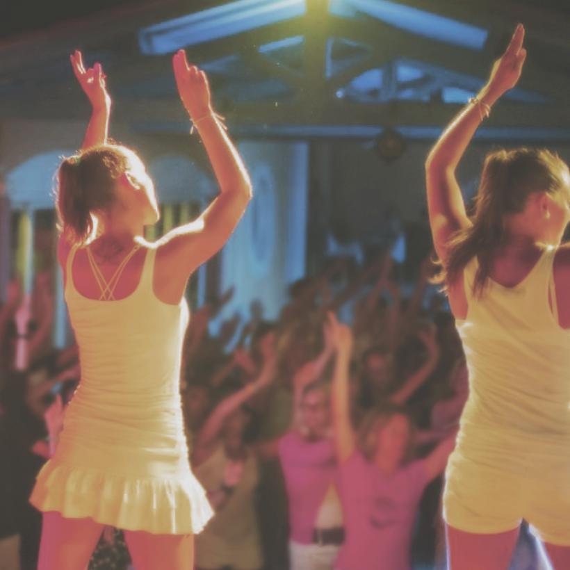 Village vacances à thème d'Argelès-sur-Mer : entrez dans la danse lors d'un séjour animé !