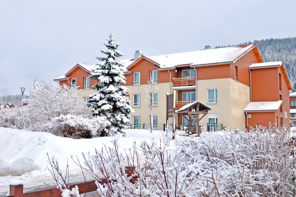 village vacances jura metabief neige