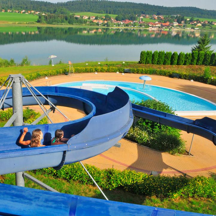 village vacances piscine metabief