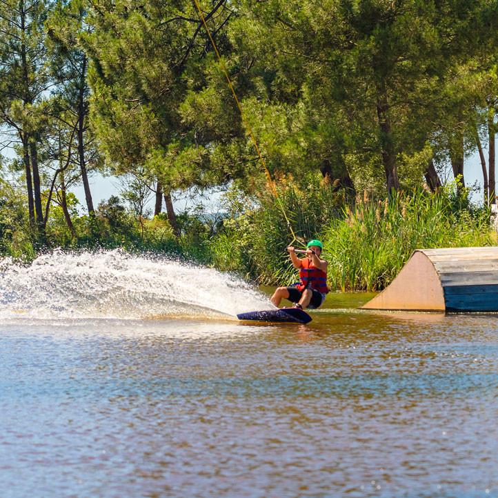vacances sport lacanau wakeboard