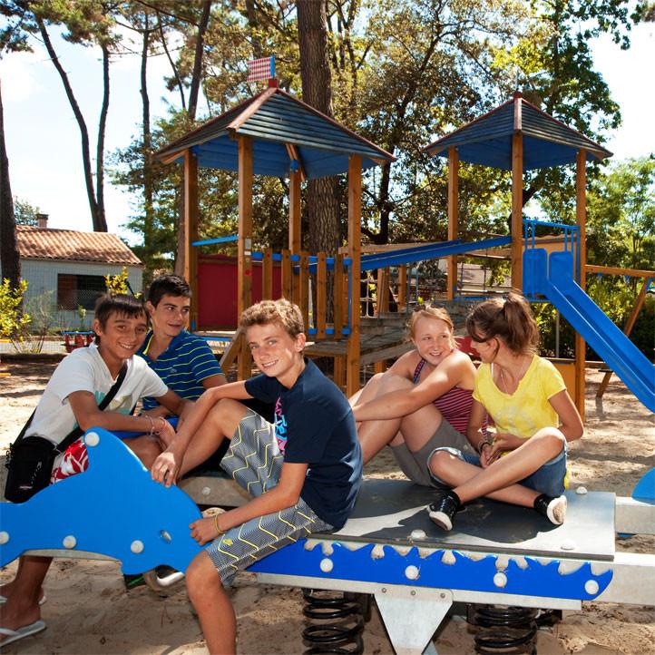 village vacances famille ronce les bains pre ados