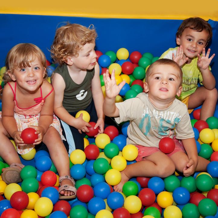 village vacances famille ile d oleron club enfants petits