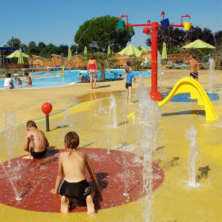 Activit s l 39 t et animations au village vacances de for Village vacances vendee avec piscine