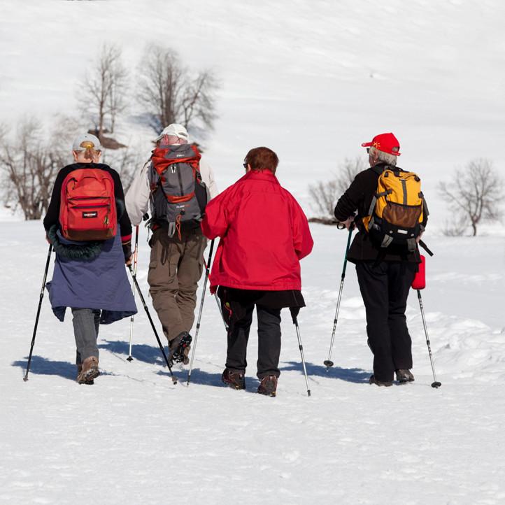 azureva vacances au ski la clusaz balades