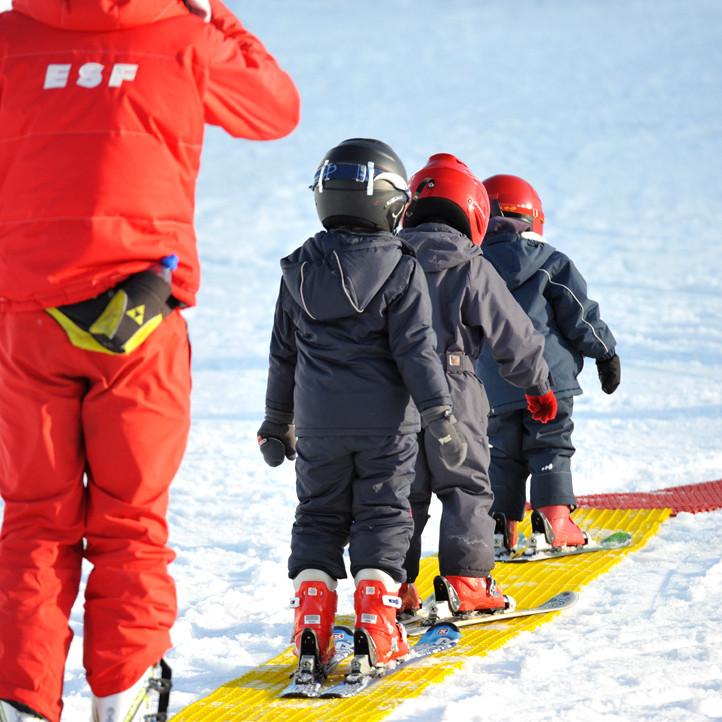 village vacances enfants la mongie neige