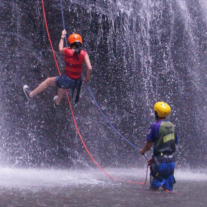 vacances sport la clusaz confins activite montagne
